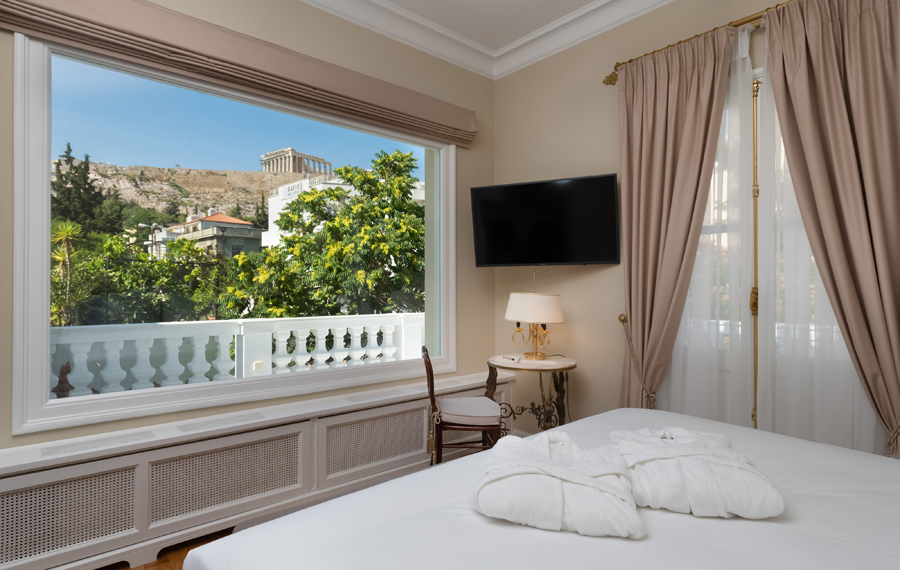 SIGNATURE SUITE WITH ACROPOLIS VIEW